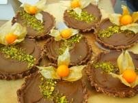Raw Avocado Chocolate Tartlets